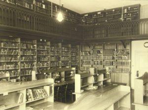 alte Aufnahme der Romanistik-Bibliothek im Erlanger Schloss