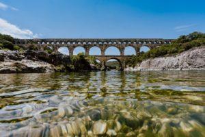 Foto vom Aquädukt Pont du Gard in Südfrankreich